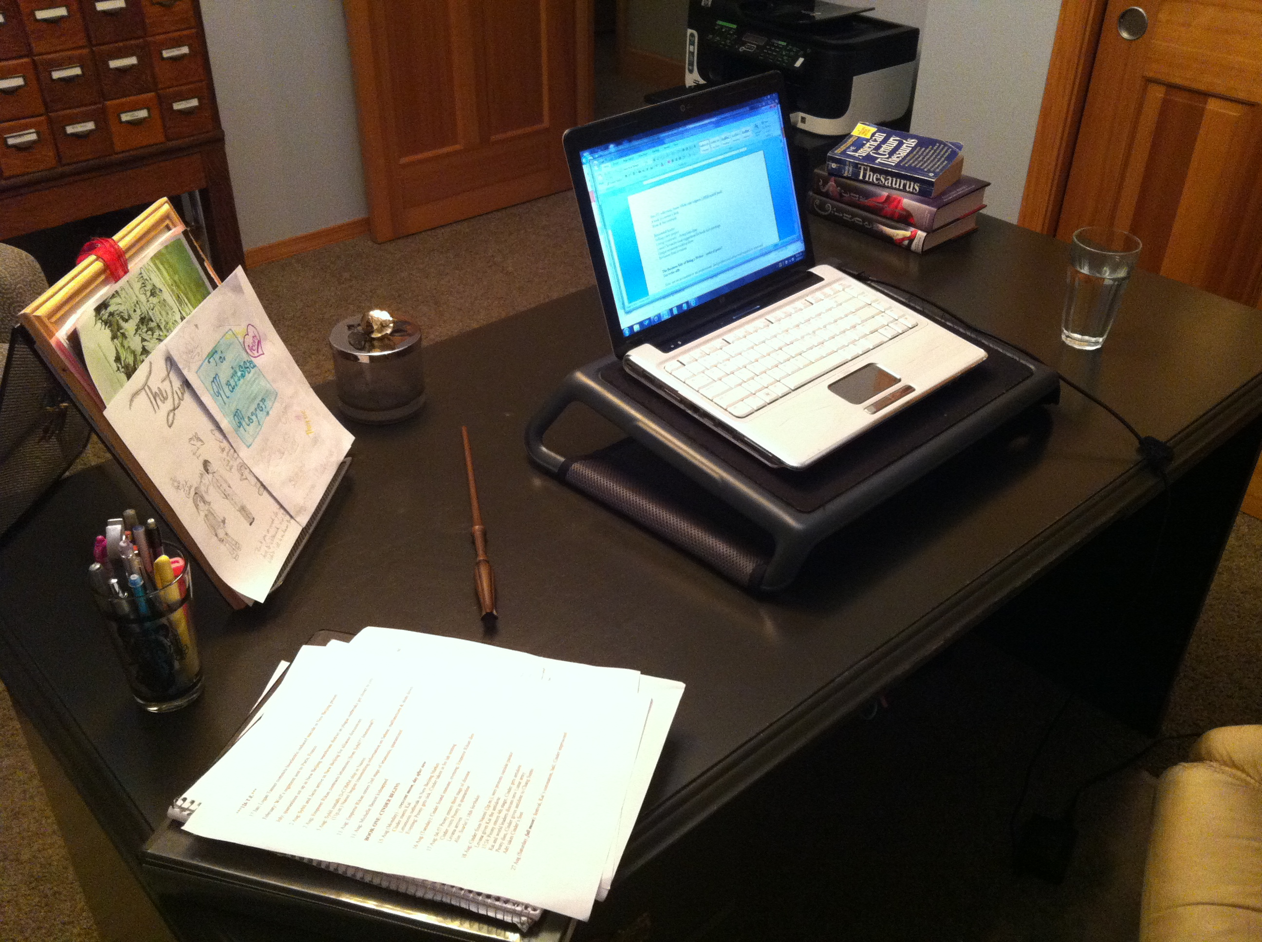 10 Things That Live On My Desk Marissa Meyer