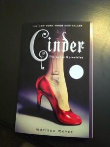 Cinder paperback