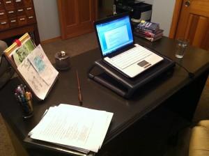 01 Desk